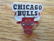 "Vintage CHICAGO BULLS Basketball 1"" Pin"