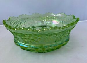 Northwood Green Grape and Cable Thumbprint Master Berry Bowl Carnival Glass