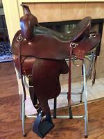 "TN Saddlery 16"" Gaited Western Plantation Pleasure Saddle  scratch and dent"