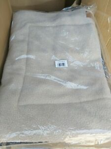 """Ellie-Bo Sherpa Fleece Mat Bed in Beige - Fits 30"""" Cages and Crates"""