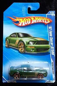 HOT WHEELS '07 FORD SHELBY GT500 FASTER THAN EVER - GREEN, GOLD WHEELS - NEW