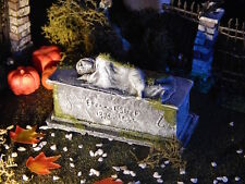 Halloween TOMBSTONE crypt, WOMAN SLEEPING on GRAVE, Headstone graveyard, Dept 56