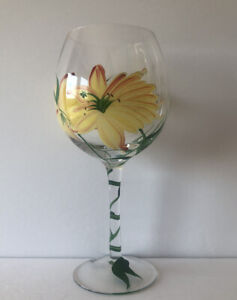 """HAND PAINTED YELLOW RED GREEN FLORAL 8 3/8"""" WINE GOBLET GLASS"""