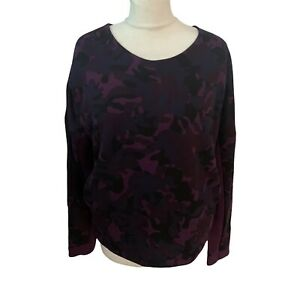 NIKE Tech Women's Size Medium Violet Camouflage Dropped Sleeve Jumper