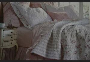 Rachel Ashwell Simply Shabby Chic Cherry Blossom Full/Queen Quilt Sham Set READ