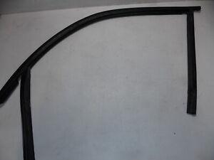 BMW E46 Window Channel Seal Left Front Driver Sedan OEM 99-05 323 325 328 330