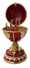 Réplique œuf de Fabergé rouge et Or navire fabrication artisanale
