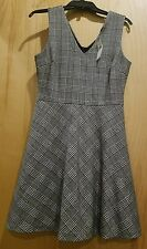 Banana Republic Black and White Plaid Wool Fun Work Fit and Flare Career Dress 6