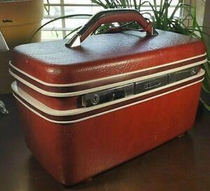 Vintage Red SAMSONITE SILHOUETTE Train Case Multi Position Makeup Mirror Tray