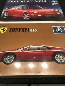 Lotto 2 Kit 1:24 Italeri Porsche 911 Turbo - Ferrari GTO