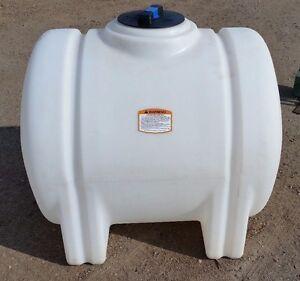 125 gallon poly plastic water storage tank leg