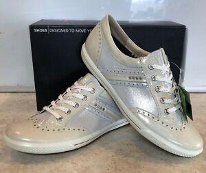 ECCO Womens Golf Street Spikeless Shoes - White Silver Metallic EU 41 US 10-10.5