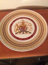 Royal Tuscan Silver jubilee Queen Elizabeth II collector' plate, Fine Bone China