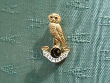 OLD CROFTFOOT BOWLING CLUB GLASGOW SCOTLAND - ENAMEL BOWLS PIN BADGE - OWL