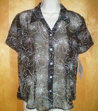 NWT womens ladies size S black white floral sheer s/s fitted blouse shirt top