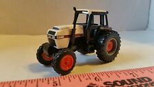 1/64 CUSTOM ERTL FARM TOY CASE  2594 TRACTOR W/ FWA & SINGLE REARS IH NICE!