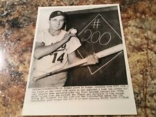 1954 Gil Hodges Brooklyn Dodgers wire Photo