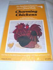CHARMING CHICKENS WALL ART APPLIQUE 12
