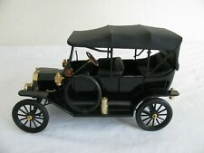Franklin Mint Precision Models 1/16 Scale Black 1913 Ford Model T Die-Cast Car