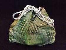 Authentic Japanese green kinchaku drawstring kimono bag, Japan import (Q921)