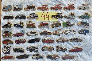 Lot de pin's Arthus Bertrand , véhicules Mercédès        -2-