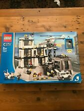 Lego Town City Set 7237 Police Station With Light-Up Minifigure Read Description