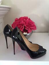 Christian Louboutin Very Prive Black Patent Leather Peep Toe Pump Size 39/9