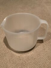Tupperware Mix  Measuring Pitcher 8 Cups One Side 2000ml Other Side Great Cond.!