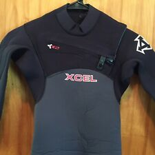 XCEL X2 4/3 Youth Chest Zip Quick Dry Wetsuit Black Gray w/ Red Logo Size 10