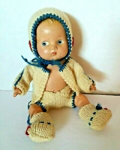 """VINTAGE ANTIQUE COMPOSITION STRUNG 9"""" BABY DOLL & WOOL KNIT OUTFIT"""