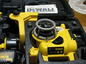 Dewalt dw077 self leveling laser very well cared for.