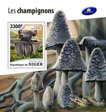 Niger - 2018 Mushrooms on Stamps - Stamp Souvenir Sheet - NIG18516b