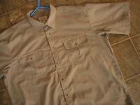 Cabelas Mens Brown Short Sleeve XLarge XL Regular Casual Button Down Shirt