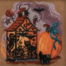 Haunted Lantern Cross Stitch Kit Mill Hill 2020 Buttons & Beads Autumn Mh142022