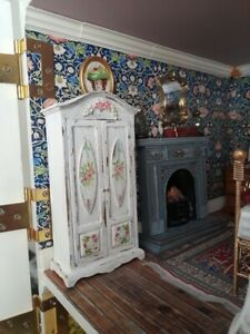 1/12 Dolls house wardrobe or linen press, hand painted shabby chic