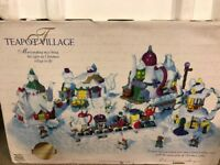 Vintage Sears Teapot Village Christmas Magic With  Figures in Box