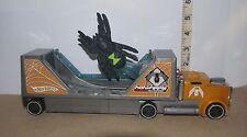 "Hot Wheels Die Cast ""Spider Transport"" Model Semi-Truck w/Plastic Spider"