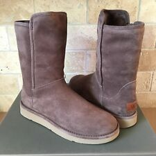 UGG ITALIAN ABREE COLLECTION PORTABELLO SHORT SUEDE SHEARLING BOOTS SIZE 8 WOMEN