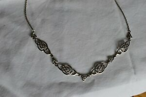 Beautiful sterling silver Celtic knot necklace