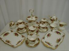 Old Country Roses Royal Albert Bone China 19 Piece Tea Set
