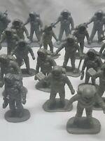 "vintage lot MARX MPC unbranded astronauts 2"" spacemen 1/32 toys playset pieces"