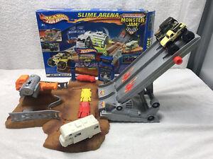 Hot Wheels Monster Jam Slime Arena Playset *** RARE ***