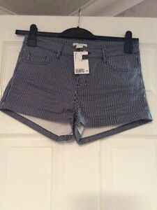 New With Tags H&M Blue & White Striped Chino Shorts Size 10