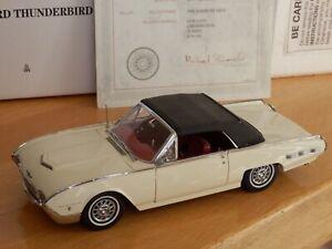 Danbury Mint 1962 Ford Thunderbird. White. 1:24. Box and Certificate. Stunning.