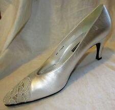 New $225 STUART WEITZMAN Silver Heels 6N WEDDING PROM - Lace Toe Shoes Pumps