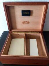 Western Humidor Polished Antique Wooden Cigar Humidor Box With Humidifier