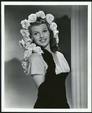 RITA HAYWORTH HER BEAUTIFUL FACE FRAMED IN FLOWERS Original 1940s PORTRAIT Photo