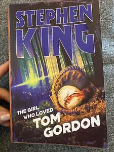 The Girl Who Loved Tom Gordon by Stephen King (Halloween Edition, Paperback)