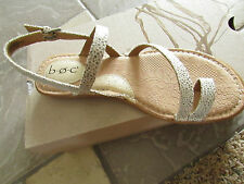 NEW BORN B.O.C COREY WHITE STRAPPY SANDALS WOMENS 7 TOE STRAP Z16201 FREE SHP