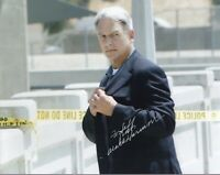 MARK HARMON autographed 8x10 color photo       GREAT NCIS POSE    SIGNED TO JEFF